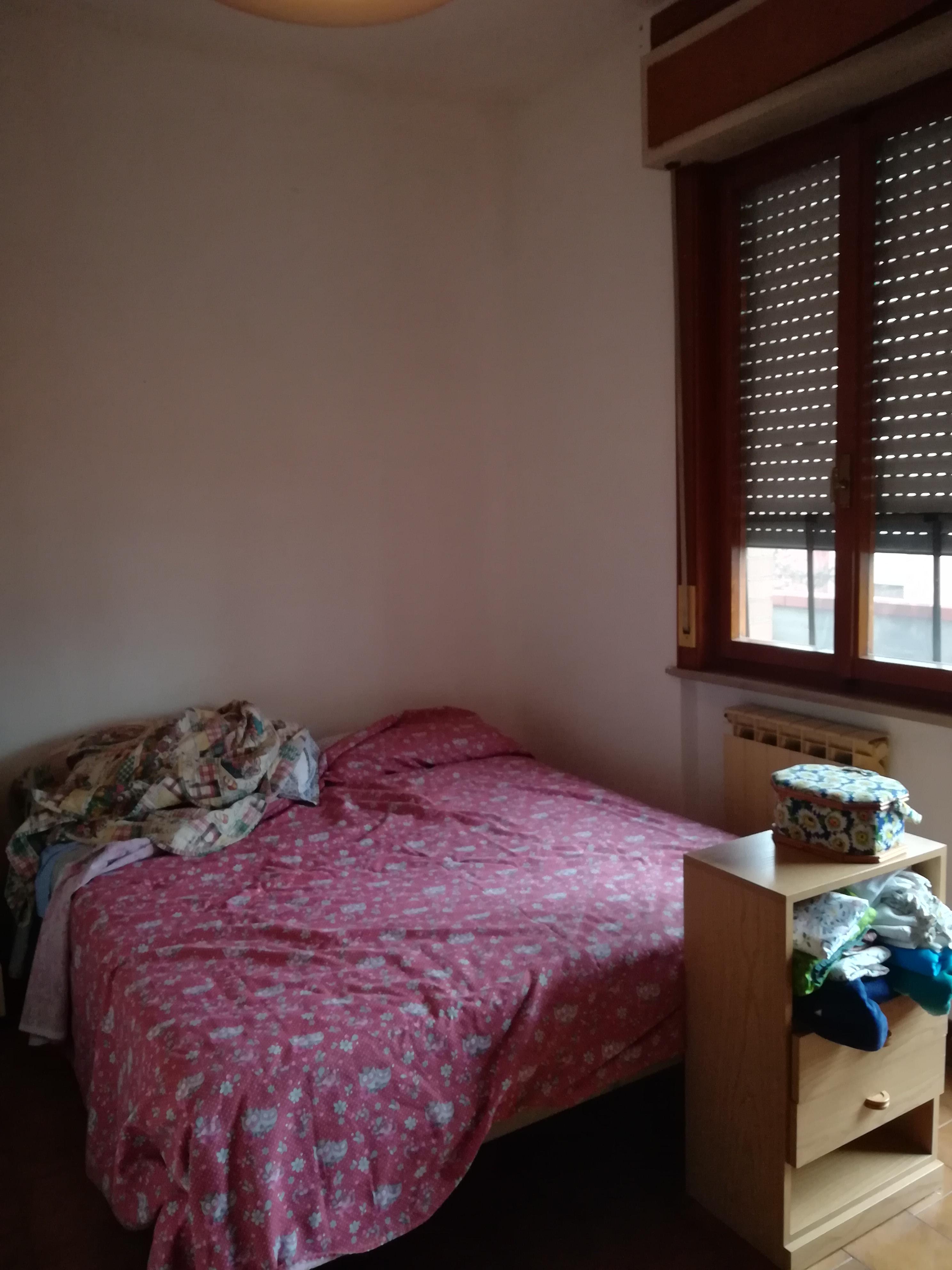 Forum Arredamento.it •Camera piccola, letto, disposizione e colore ...